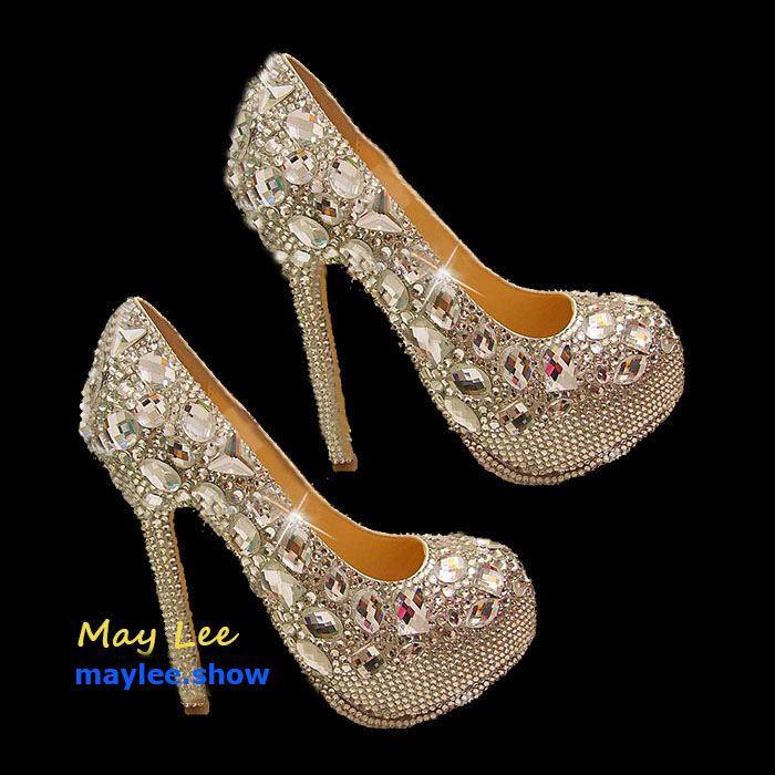 1 maylee.show luxury brands most expensive gold diamond shoes