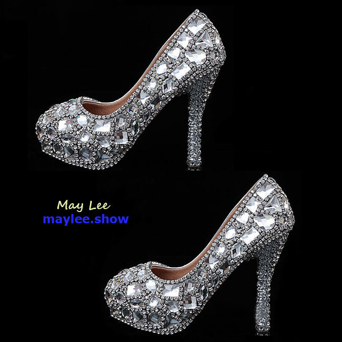 4 maylee.show luxury brands most expensive gold diamond shoes 2